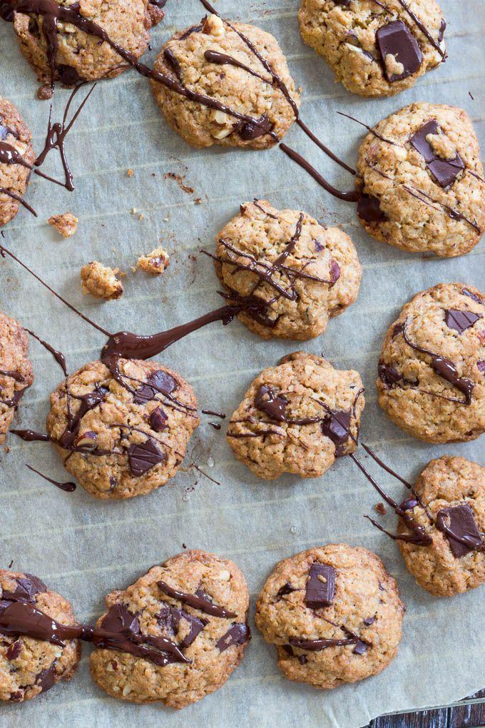 Havregryncookies med chokolade og hasselnødder - oatmeal cookies