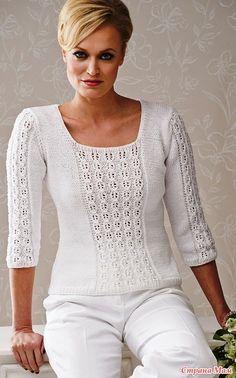 уже давно в черновиках у меня висит этот пуловер- надеялась что появится перевод, но так и не встречала в интернете.  Девочки может Вам попадалось на глаза описание этой кофточки???