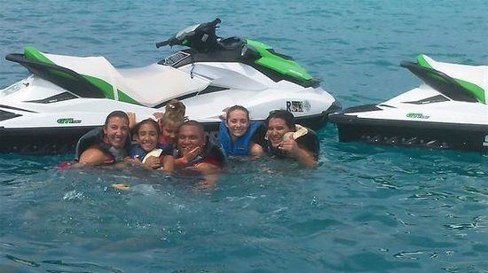 Rates Boats @ SB Water sports Somerset Waterports offers Jet Ski, Motor Boat, Kayaks and Pontoon rentals at the best prices. 25 years of service we have a 5 star rating on trip advisor. http://bdawatersports.com/