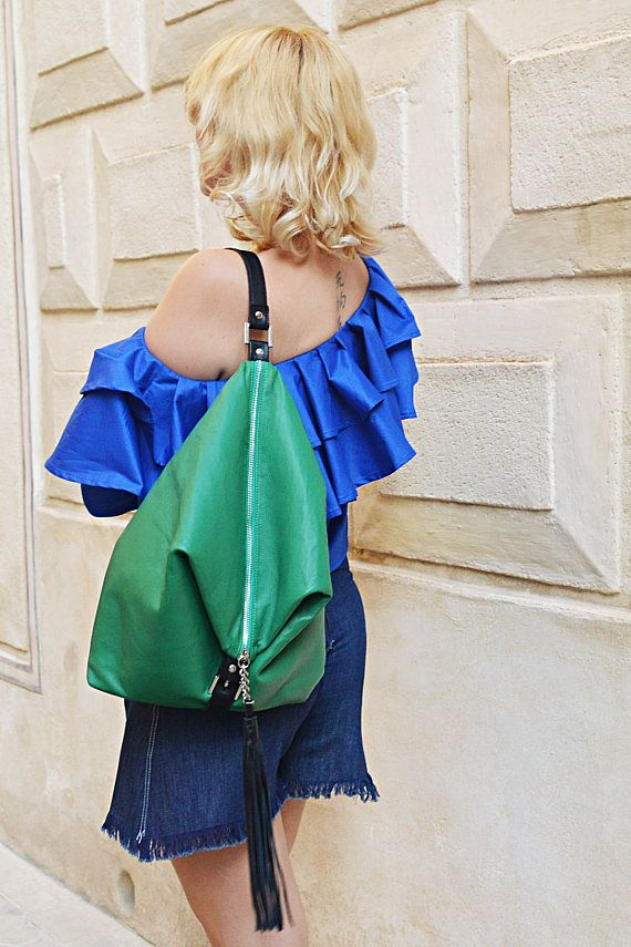 Large genuine leather bag that turns into a backpack! Versatile, easy to wear and multi-functional leather tote! This bag is light, spacious and can be worn in so many different ways! It will definitely be an amazing asset for your wardrobe this summer!  Material: 100% genuine leather