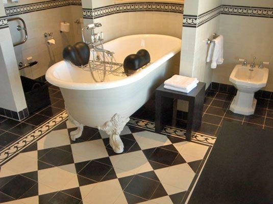17 beste idee n over zwart wit badkamers op pinterest badkamer victoriaanse badkamer en douches - Zwart wit toilet ...