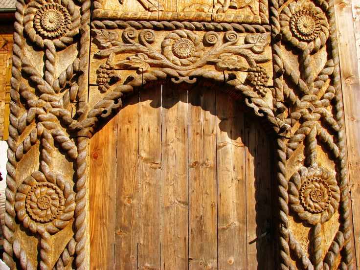 Maramures wooden gate