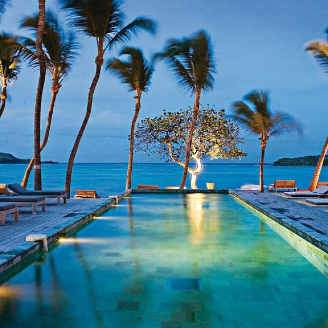 Le Sereno Hotel in St. Barth is an attractive honeymoon spot that  captivates the heart