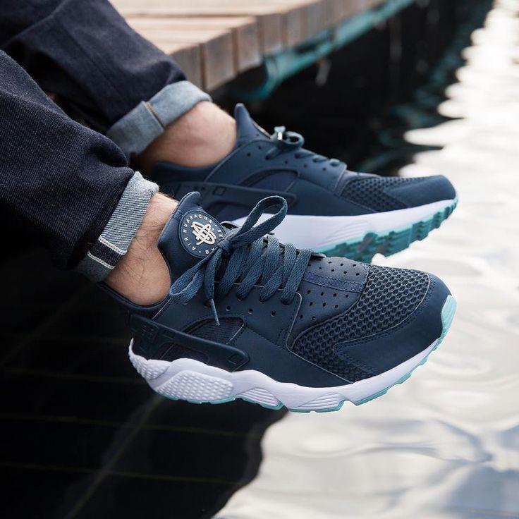 Nike Air Huarache: Navy Blue