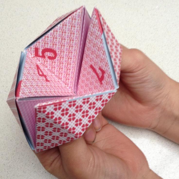Een gratis liefdescadeautje: voorspellingen en opdrachten voor Valentijnsdag, samen met Denna Rae bedacht en dus 100% schoolpleinproof. Noem maar een getal!