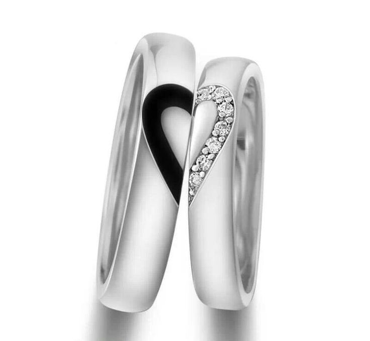 Couples Wedding Ring. I think it is cool because on their own they would look very modern. #wedding #bride #groom #ring #proposal #sposa #sposo #anello #fidanzamento