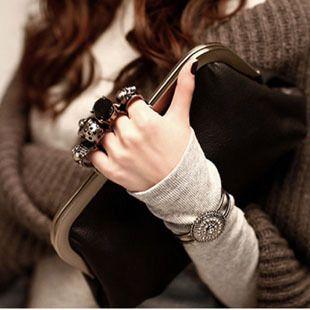 2014 New Women's handbags Lady Skulls Knuckle Black Duster Evening Bag PU Leather Ring Bag Clutches Purse Handbag Wholesale AC