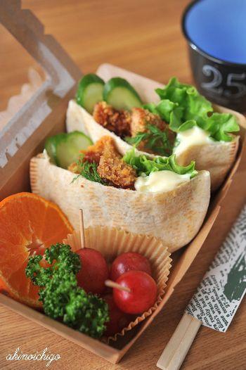 Vegetarian Pita Buns Bento Lunch (Fried Kurumafu Gluten Meat, Cucumber, Dill and Lettuce)|ピタパンサンド