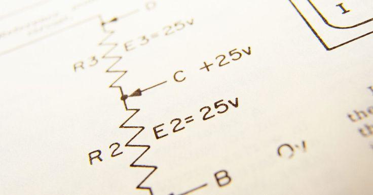 Como ler um diagrama de circuito elétrico. Um diagrama de circuitos elétricos mostra como os componentes de um sistema elétrico estão conectados. Ele é uma representação bidimensional de algo tridimensional e as linhas podem ser mais curtas ou mais longas do que os fios que representam (um diagrama deve conter a representação em uma folha de papel e uma boa aparência). De certo modo, um ...