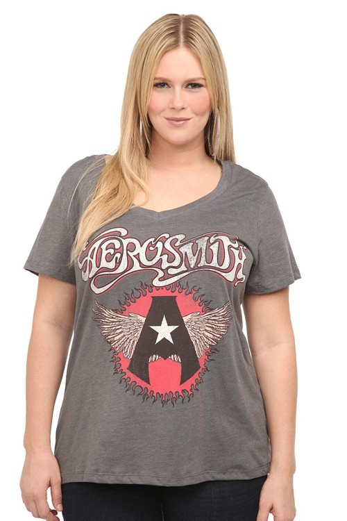 265 best images about TEE-riffic on Pinterest | Scoop neck, T ...