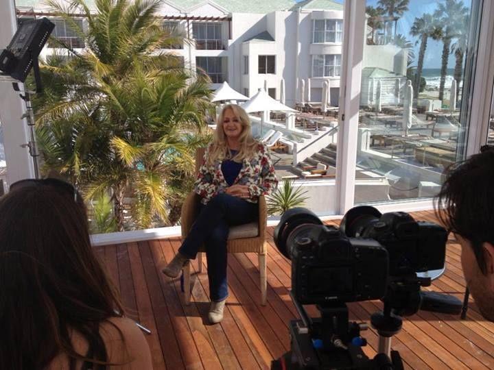 Bonnie filming an interview with Kyknet  - 03/09/2013 #BonnieTyler #Concert #SouthAfrica #CapeTown #Johannesburg #ORTamboInternationalAirport #EmperorsPalaceHotel http://www.facebook.com/BonnieTylerSouthAfricaTour2013