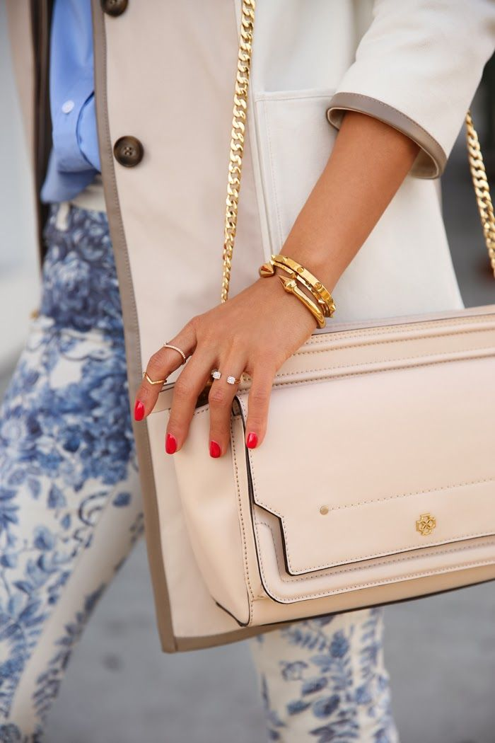 #armparty + red nails