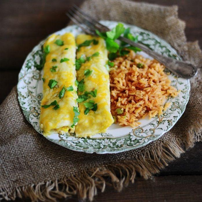 Green Enchiladas Recipe | Kitchen Daily
