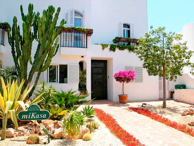 Hoteles Y Aparthoteles En Cabo De Gata Recomendaciones Hoteles Piscinas De Agua Salada Cabo De Gata