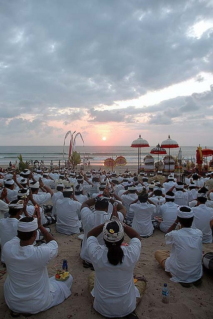 BALI - New moon ceremony