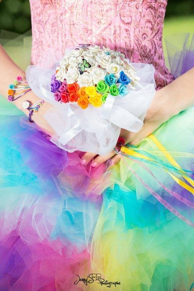 Bouquet éternel Fil d'aluminium La mariée bleue avec fleurs en porcelaine froide, perles en verre nacrées