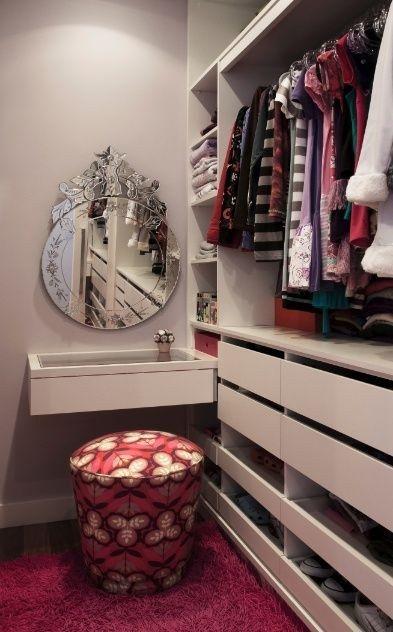 Penteadeira provençal, moderna, com espelho... é só escolher!