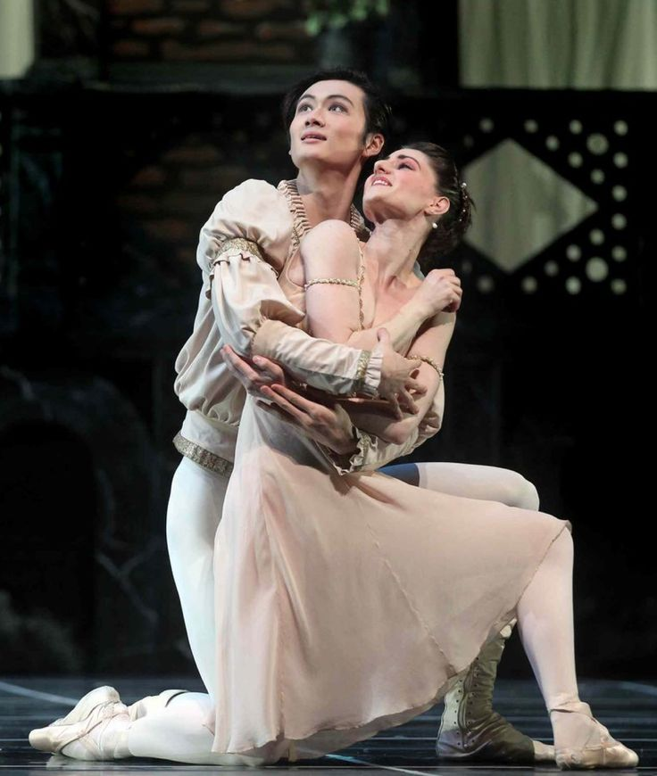 The Royal Winnipeg Ballet's Liang Xing and Amanda Green in 'Romeo and Juliet'.