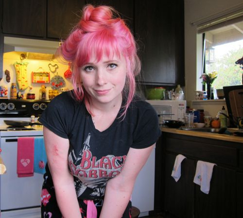 Tiny Tangerines: This is how I pink my hair / Manic Panic Cotton Candy Pink