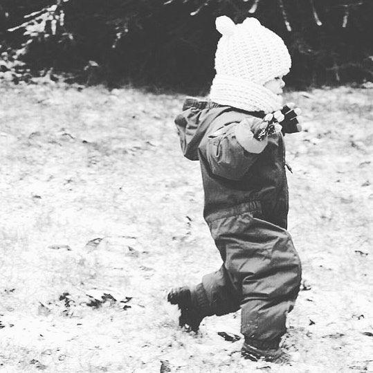 Aujourd'hui c'était le grand retour à la maison après un week-end génial .. J'en ai même craquer ma première tenue heureusement nous avions tout en double .. Mais pas de montagne pour nous aujourd'hui .. La pluie s'est invité  nous sommes vite redescendu avons été dans un parc où il y avait de la neige et nous sommes rentrer à la maison reprendre le cours de notre vie ........  #Paysbasque#Pyrénées#Cauterets#Cirquedulys#Aladdin# by lety_l_a