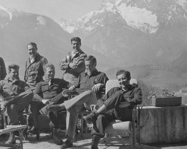 bottom row l to r: captain lewis nixon, major richard d. winters, unknown, and lieutenant harry welsh in berchtesgaden.