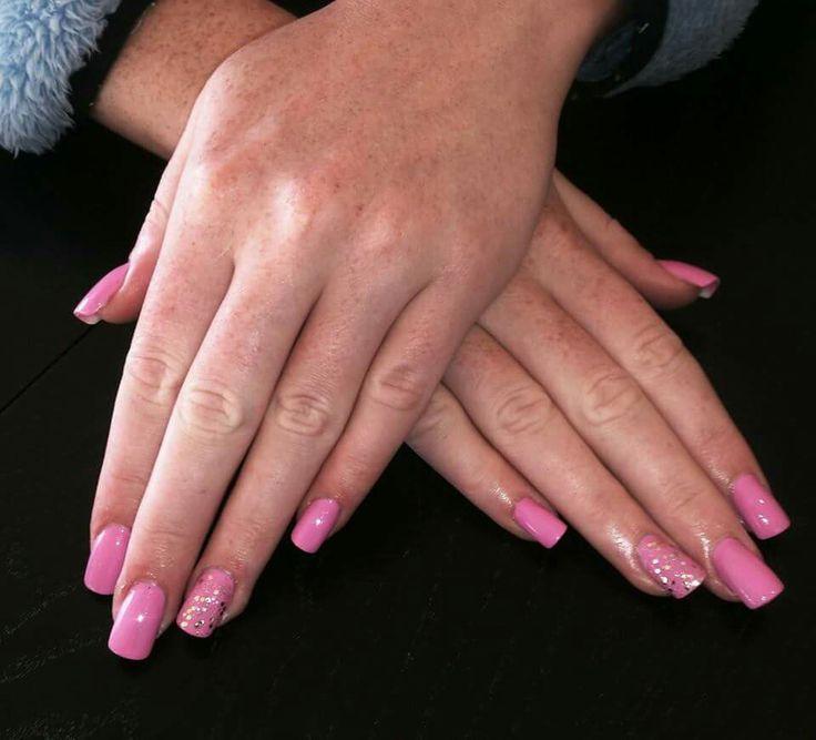 Pink glitter summer nails