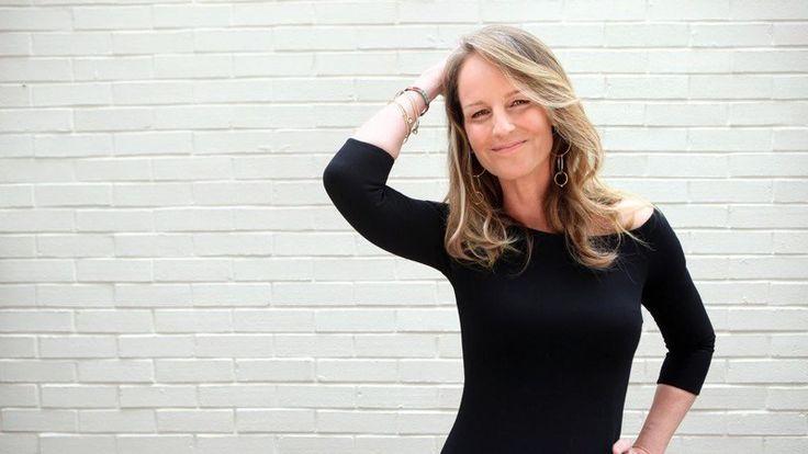 Helen Hunt, 52