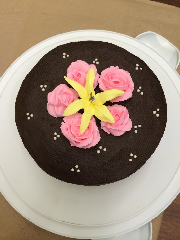 -royal icing flowers