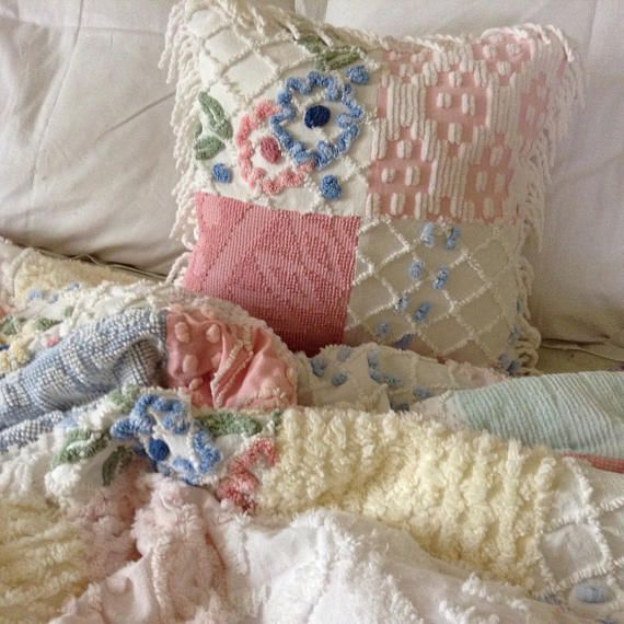 Chenille Quilt Vintage Bedspread Extra Large with Throw Pillow