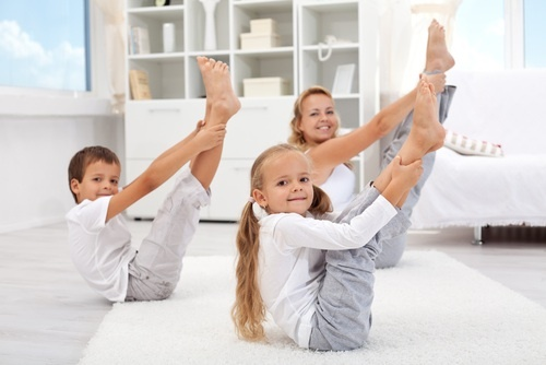 Here are some super fun family fitness challenges!  Great for summer!