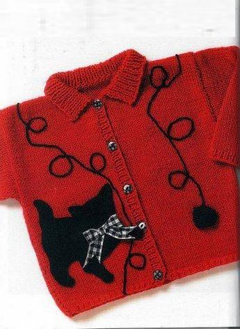 örgü hırka üzerine işleme modellerinden siyah kedi deseni işlemeli kırmızı bebek veya çocuk hırkası modeli