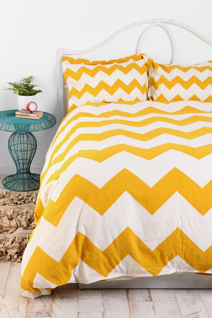 I love this and we are looking for a new comforter...: Urbanoutfitters, Urban Outfitters, Bedspreads, Beds Spreads, Duvet Covers, Guest Rooms, Zigzag Duvet, Yellow Chevron, Chevron Stripes