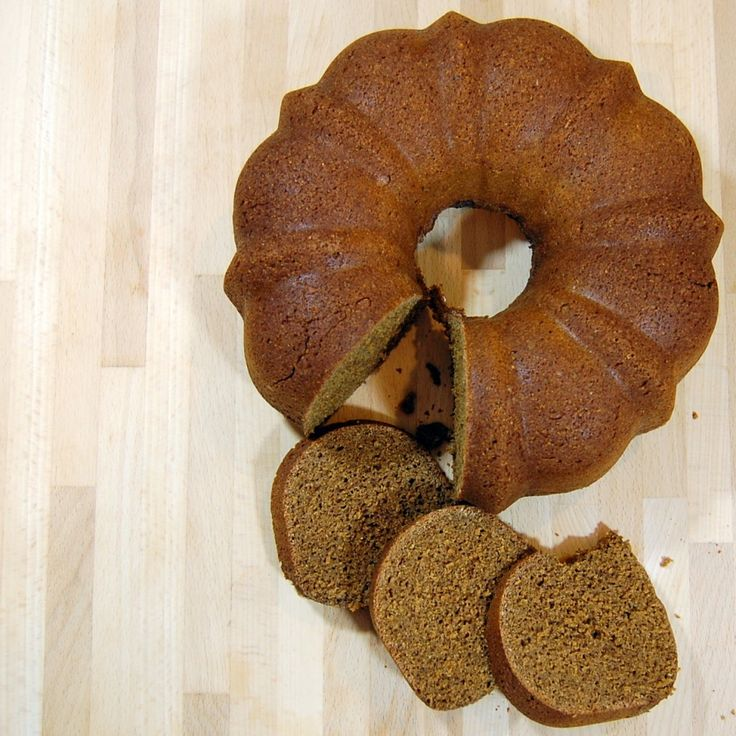 A Boston brown bread recipe created using 150 year old recipes and steamed with equipment everyone has on hand