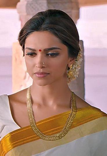Deepika Padukone, Chennai Express, 2013. | Deepika ...