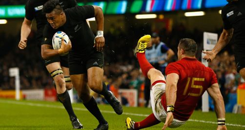 Julian Savea rumbles over the Frogs, RWC 2015