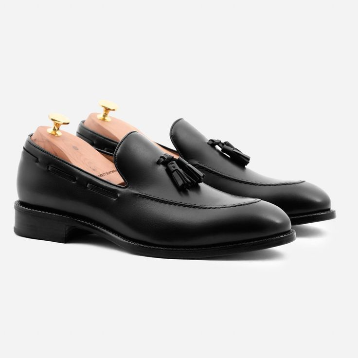 Bernard Tassel Loafer - Calfskin Leather - Black