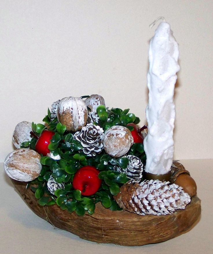 Stroik świąteczny w łupinie kokosa