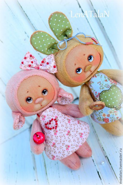 """Купить """"Мои крошки..."""" - персиковый, бежевый, оригинальный подарок, авторская игрушка, зайка"""