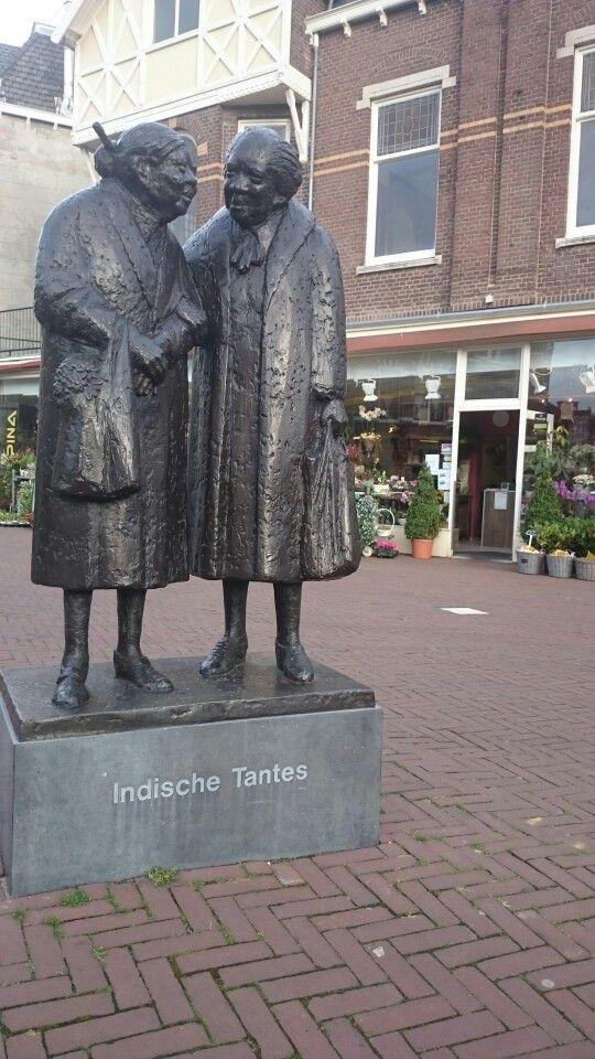 Indische Tantes in The Hague Frederik Hendriklaan