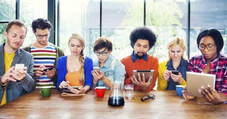 La generación nacida entre 1985 y 2000 son los primeros nativos digitales. Un repaso por su mundo: desde YouTubers y Netflix hasta…