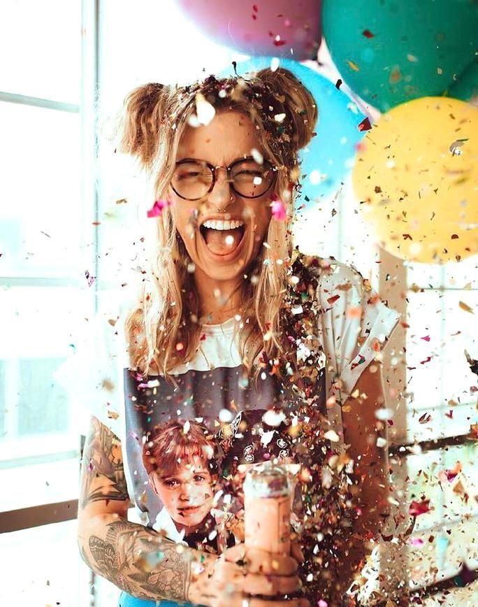 Confetti | Creative photoshoot ideas, Birthday photography, Creativephotography