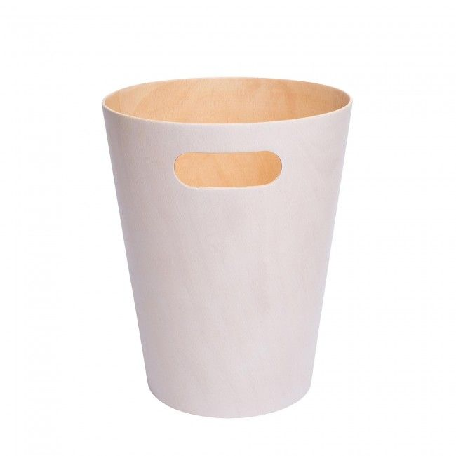 The Umbra Woodrow Garbage Can's elegant modern design complements any contemporary space. This two toned trash receptacle's beautiful guger wood interior will add a touch of sophistication to any home or business.