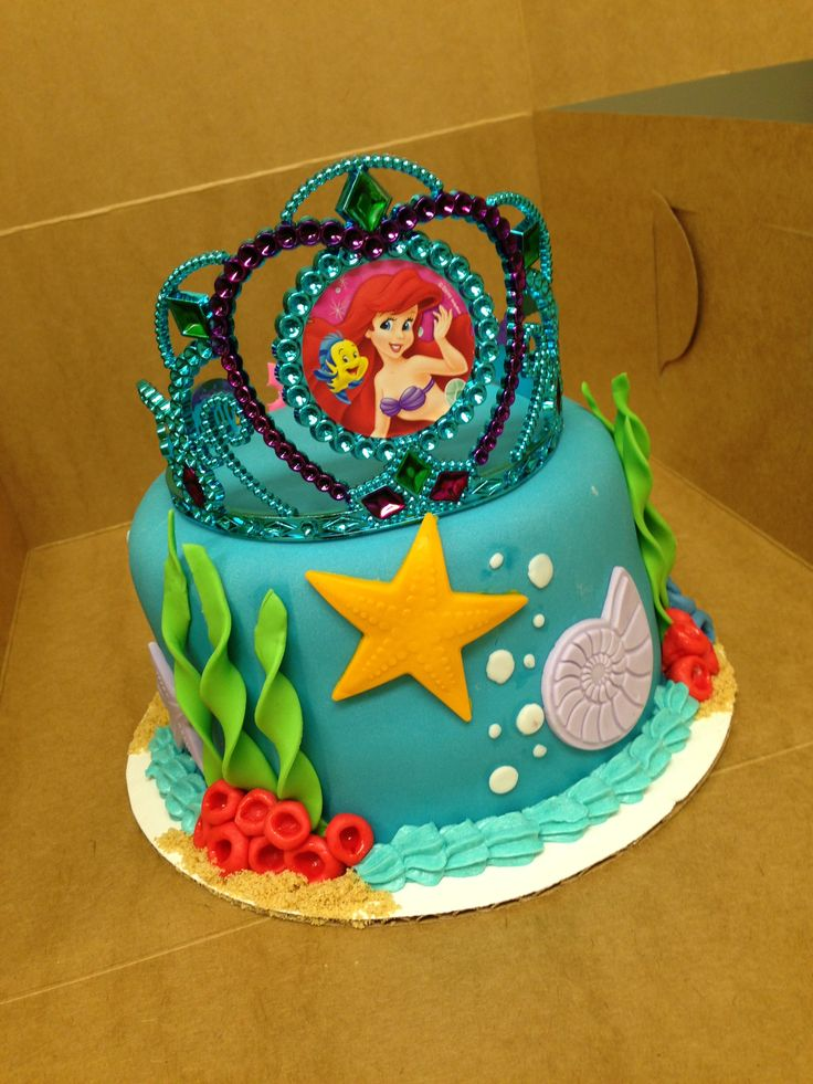 Little Mermaid Birthday Cake Earline Durlacher Looks Like She Wants Ariel For Her