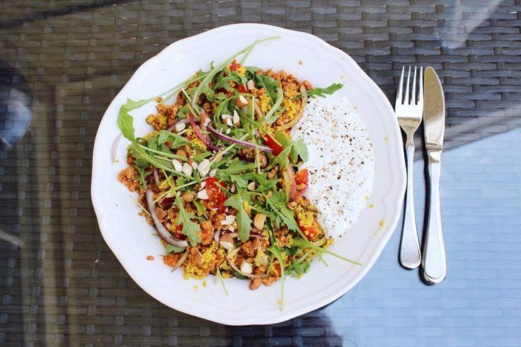 fitnessbyjk: Spicy Couscous salat med proteinrik tzatziki