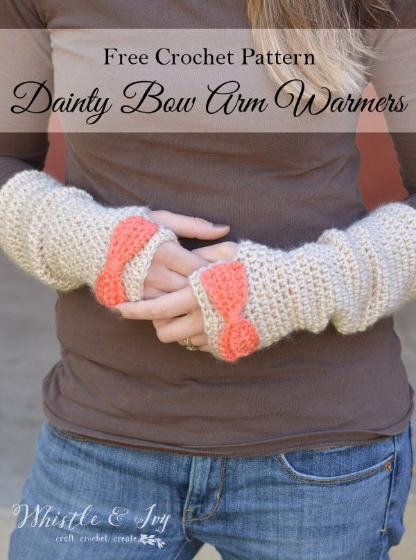 Free Crochet Pattern - Dainty Bow Crochet Arm Warmers | Make these pretty arm warmers and stay cozy this winter. Pattern by Whistle and Ivy