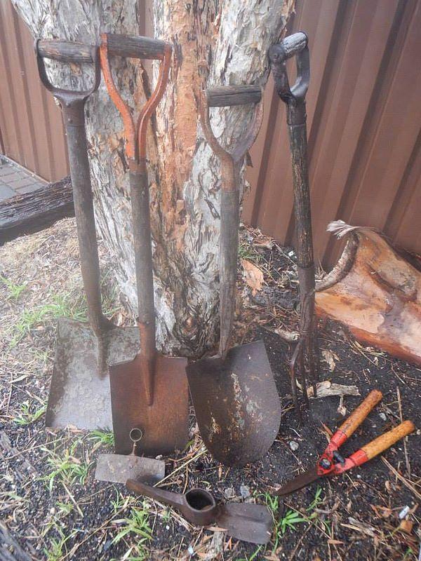 Restoring Old Garden Tools (Before)