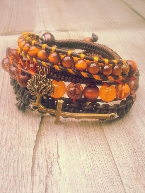 """The eye of the tiger"" (Verkocht)  Met edelsteen; tijgeroog en facet geslepen kristal als ook bruin leer.  Past 5 á 6 keer om de pols.   Wrap it 5 or 6 times arround. Made this on the 5th of October.  #Boho #Bohemian #Caarroos #Bracelets #Jewelry #Gipsy #Armband."