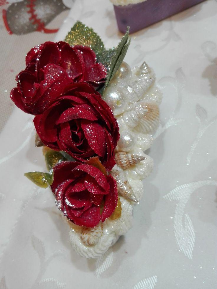 cup cakes Christmas ideas ,saponi, saponi naturali artigianali, bomboniere , shabby, chic, soap, prodotti naturali, vegan oggetti decorativi , comunione battesimo, matrimonio, wedding https://www.facebook.com/ilmiogirasole/