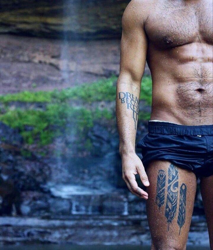 Best 25 thigh tattoo men ideas on pinterest skull for Male thigh tattoos