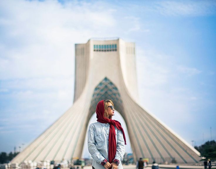 The Azadi Tower , formerly known as the Shahyad Tower, is a monument located at Azadi Square, in Tehran, Iran. || Architect: Hossein Amanat || Photo by Ahmad Motevali || #MemareMan #Welcome_to_Iran #Architecture #Architect #Iranian_Architect #Design #Designer #Iran_Traveling #Iran_tourism #Iran #tourism #معمارمن #ایران #ایرانگردی
